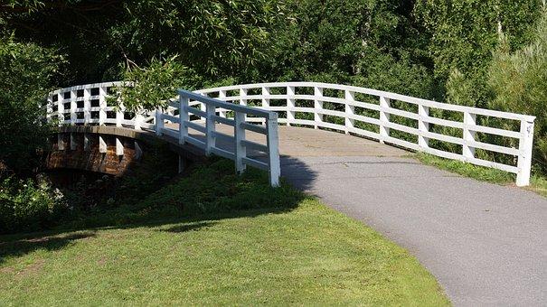 The Wooden Bridge, White Bridge, Bridge Parapets