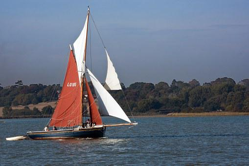 Sailboat, Rigging, Wooden, Single Mast, Sails, Red