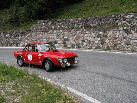 Golden Cup Of The Dolomites, Vintage Car, Italian Style
