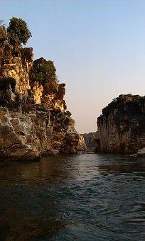 Narmada, Water, River Wall, Deep, Landscape, Wilderness