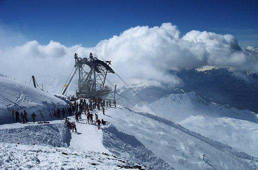 Ski Holiday, Gondola, Cable Car, Clouds, Snow, Winter