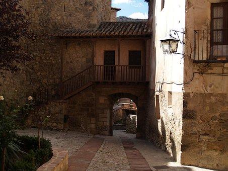 Albarracín, Medieval Village, Teruel, Lane