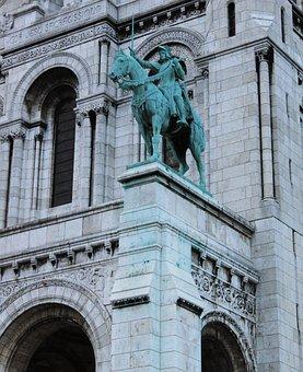 Basilica Of The Sacré Cœur, Paris, France, Statue