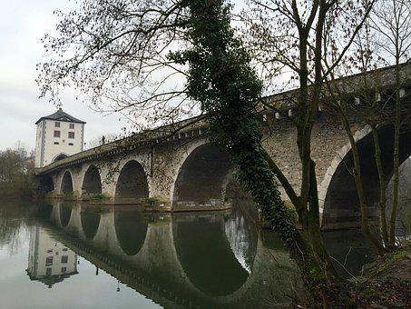 Bridge, Limburg, Lahn, Hesse, Historically