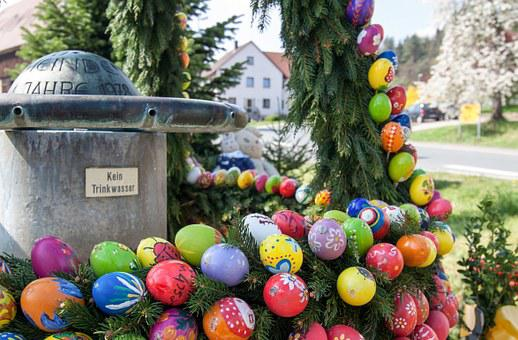 Easter Greeting, Happy Easter, Easter Well, Easter