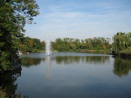 Bad Nauheim Germany, Pond, Summer, Fountain