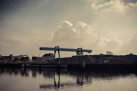 Crane, Building Lot, Water