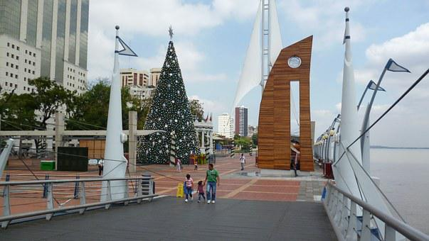 Guayaquil, Walk, River