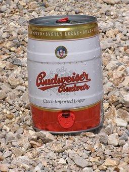 Budweiser Budvar, Beer, Alcohol, Drink