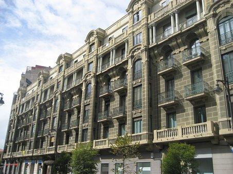 Valladolid, Classic, Building