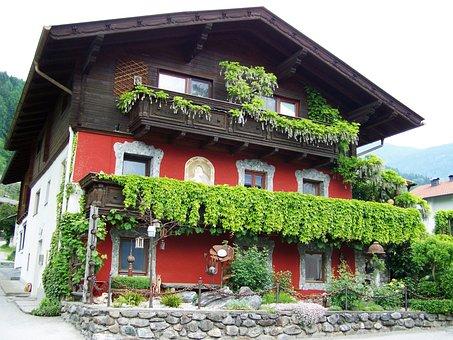 Alpine Old House, Doelsach, Austria