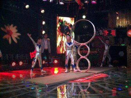 Performer, Performers, Acrobatic, Children, Entertainer
