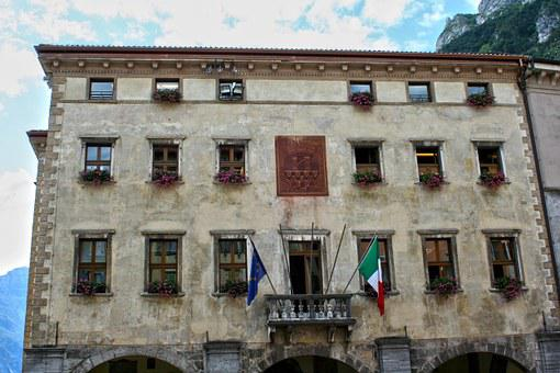 Town Hall, Italy, Building, Garda, Old House, Alley