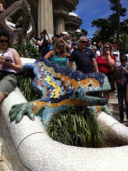 Mosaic, Garden Gaudí, Barcelona, Lizard