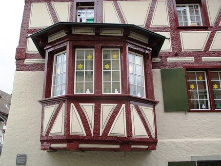 Old Town, Fassde, Bay Window, Truss, Window, Seedlings