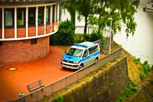 Auto, Police, Police Car, Patrol Car, Blue Light