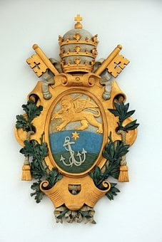 Coat Of Arms, Gold, Source, Anchor, Lion, Crown, Key