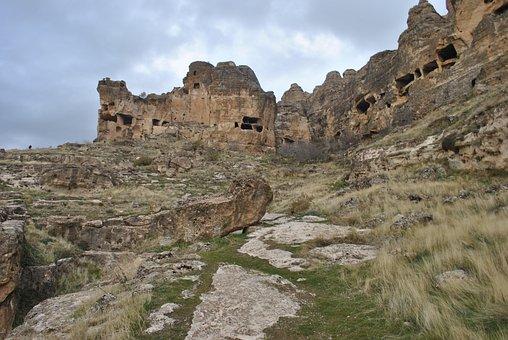 Hasuda The Caves, Hasuda The Kurdistan