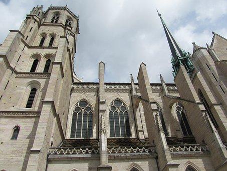 Church, Dijon, Perspective