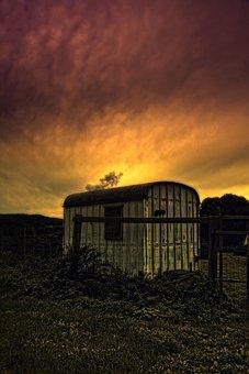 Abendstimmung, Sunset, Dramatic, Sheet Metal Hut