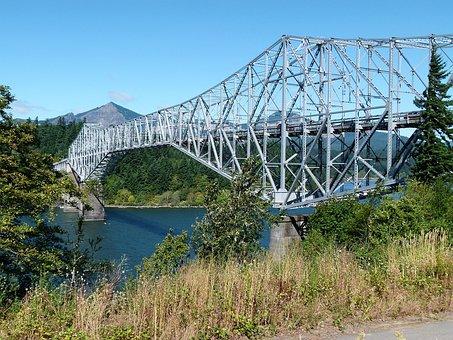 Bridge Of The God, Oregon, Usa, Columbia River