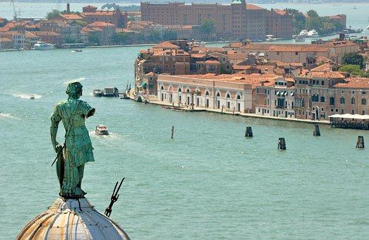 Venice, Punta Della Dogana