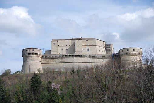 Castle, San Leo, Walls, Cagliostro, Sky, Clouds