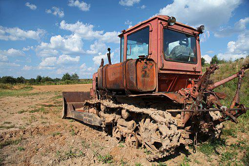 Tractor, Crawler Tractor, Old Technique