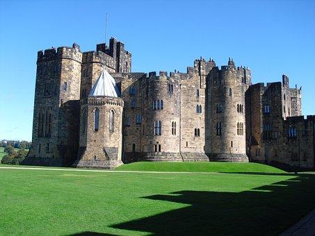 Alnwick Castle, Castle, Alnwick, Northumberland
