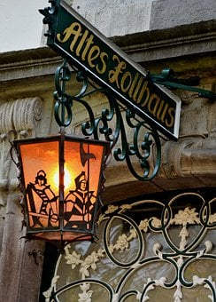 Street Lamp, Lantern, Historic Street Lighting, Light