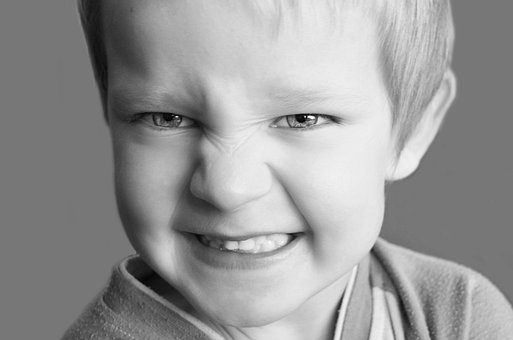 Snarling, Child, Frown, Teeth, Feet, Grimace, Face, Kid