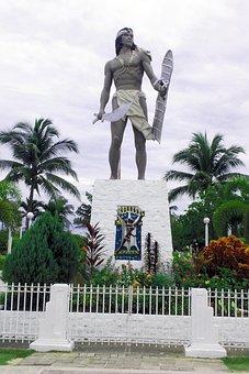 Lapu-lapu Monument, Mactan, Philippines, Statue