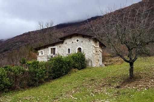 Castel Di Tora, Rieti, Lazio, Italy, Winter Campaign