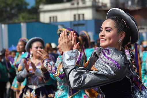 Mujer Peruana, Bailando Saya, En Lima Perú, Culture