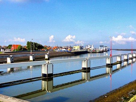 Harlingen, Netherlands, Canal, Village, Buildings