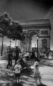 Paris, Arc Du Triumph, Black And White, Tourists, Kids