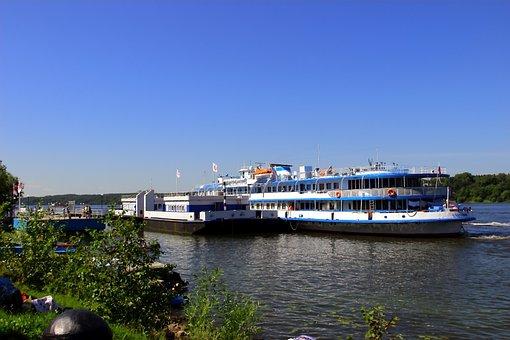 River, M V, Plyos