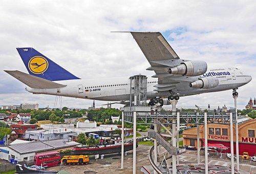 Jumbo Jet, Boeing 747, Lufthansa, Passenger Machine