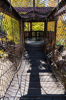 Vail, Colorado, Betty Ford Park, Suspended Bridge