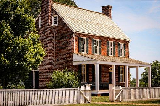 Appomattox Court House, Clover Hill Tavern
