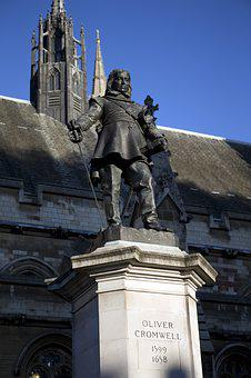 Bronze Statue, Oliver Cromwell, Lord Protector