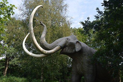 Mammoth, Amusement Park Tolk, Mecklenburg