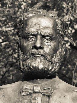 Statue, August Treboniu Laurian, Augustin Trifan