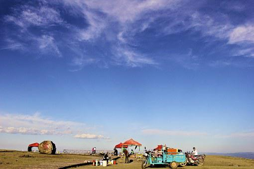 Zhangbei, Grasslands Road, Blue Sky