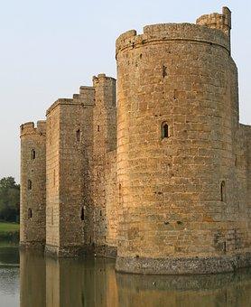 Battlements, Blue, Bodiam, Britain, British, Bulwark