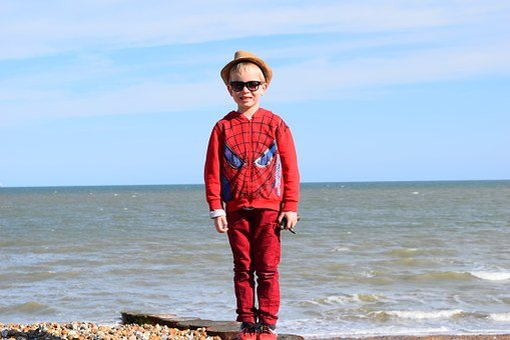 Boy, Kid, Spider Man, Beach, Sea, Sky, Clouds, Red