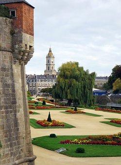 Valves, Rampart, Bartizan, Gardens, Fortification