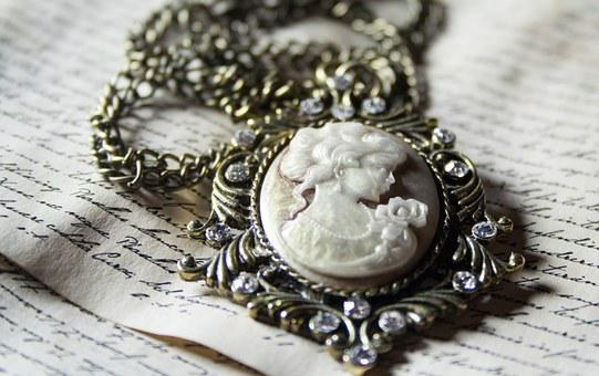 Chain, Medallion, Woman, Human, Beautiful, Old, Antique