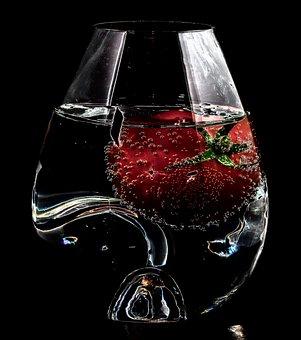 Tabletop, Glass, Art, Water, Fruit, Tomato, Lighting
