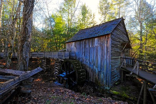 Cades Cove, Smoky Mountains, Tennessee, Attractions